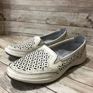 Foot Thrills Leather Loafers by Tender Tootsies